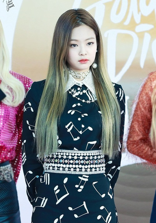 jennie-black-pink-idol-moi-lan-doi-kieu-toc-deu-gay-sot-2