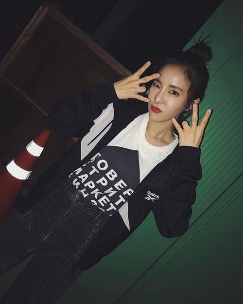 sao-han-18-5-tae-yeon-khoe-eo-con-kien-sistar-mac-noi-y-len-tap-chi-2-5