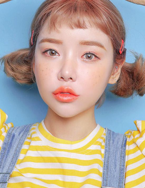 hot-girl-so-1-han-quoc-park-sora-lang-xe-tich-cuc-mot-to-son-tran-moi-5