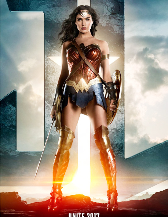vi-qua-dep-wonder-woman-co-the-cuu-loat-phim-sieu-anh-hung