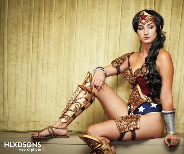 nhung-man-cosplay-wonder-woman-xuat-sac-khong-kem-ban-goc-7