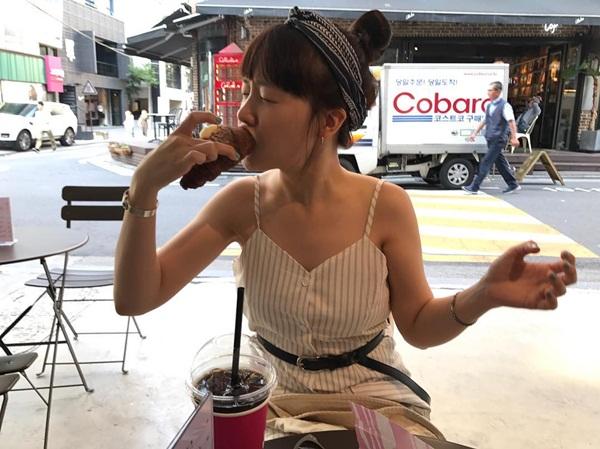 sao-han-15-6-tzuyu-xinh-tuoi-don-tuoi-18-krystal-tao-dang-chuyen-nghiep-3
