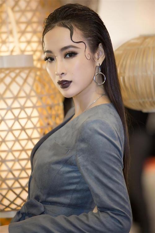 nguoi-dep-viet-khoe-moi-cang-tham-cang-sang-chanh-6