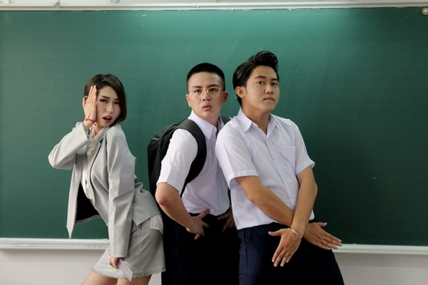 duy-khanh-ru-loat-ban-than-choi-lay-tham-gia-web-drama-tien-ty-1