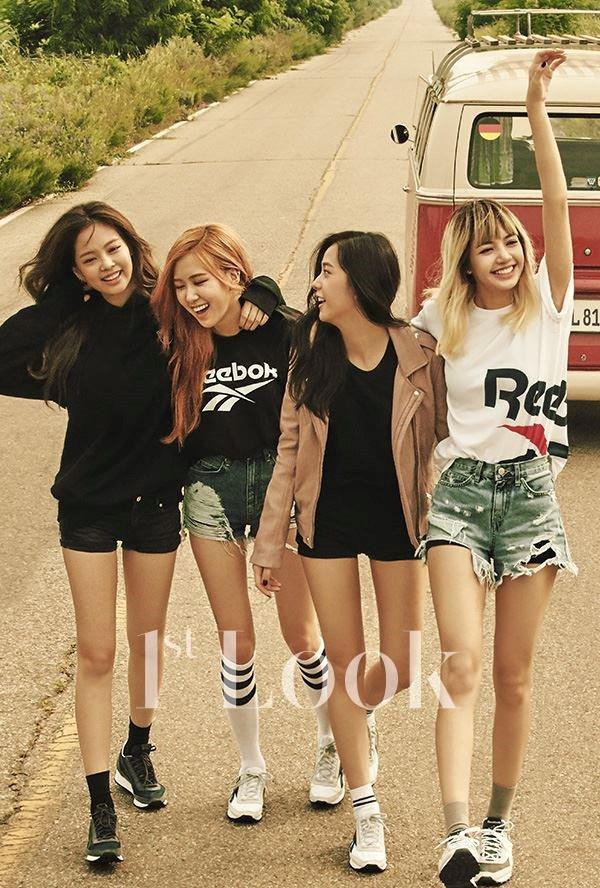 4-girl-group-vua-ra-mat-da-lien-tuc-gianh-cup-3