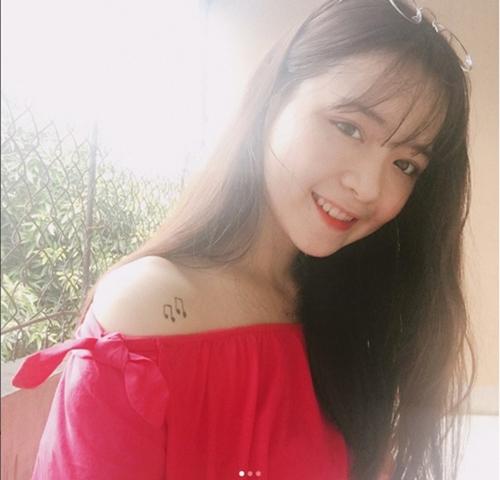 hot-girl-10x-xu-nghe-dep-khong-ti-vet-khien-dan-mang-san-lung-3