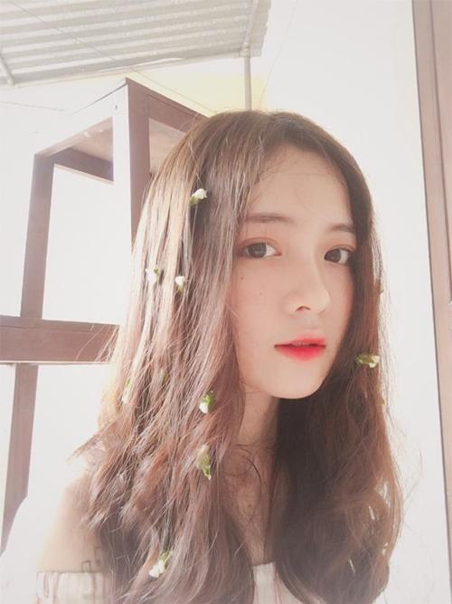 hot-girl-10x-xu-nghe-dep-khong-ti-vet-khien-dan-mang-san-lung-6