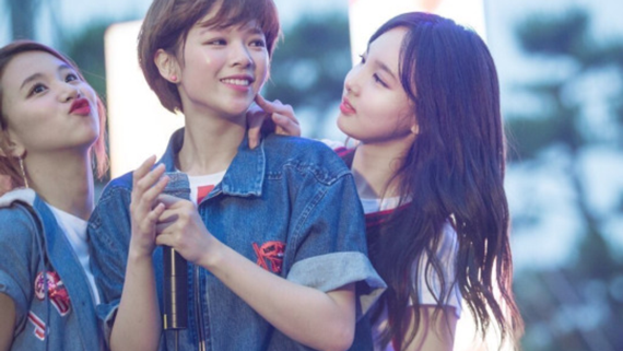 nhung-cap-ban-than-tung-diu-nhau-tap-nhay-trong-girlgroup-han-1