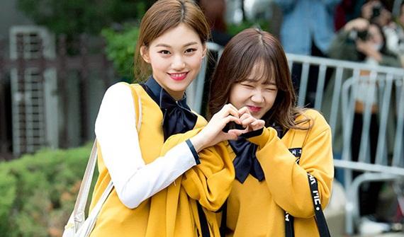 5-cap-ban-than-tung-diu-nhau-tap-nhay-trong-girlgroup-han-2-3