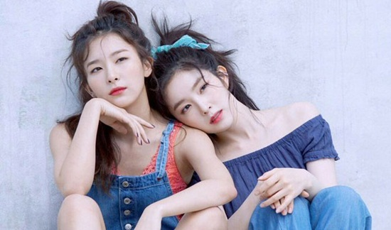 nhung-cap-ban-than-tung-diu-nhau-tap-nhay-trong-girlgroup-han-7