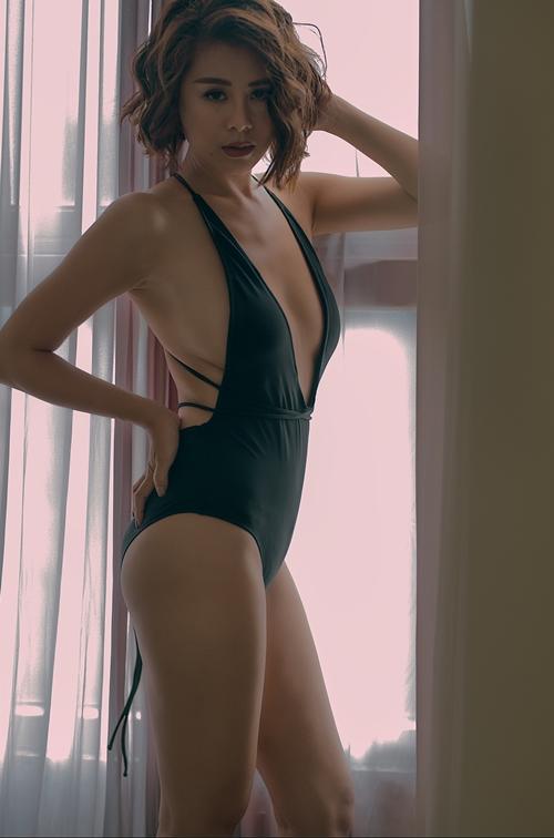 nam-thu-sexy-chet-nguoi-voi-bikini-1