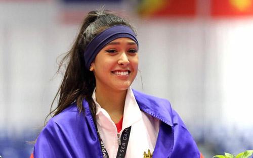 hot-girl-taekwondo-cao-1m80-khien-anh-em-vua-yeu-vua-so-1