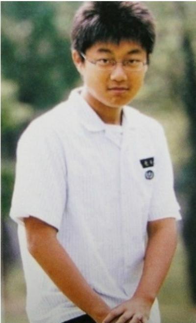 nhung-buc-anh-truoc-debut-khien-sao-kpop-khong-muon-nhin-lai-9