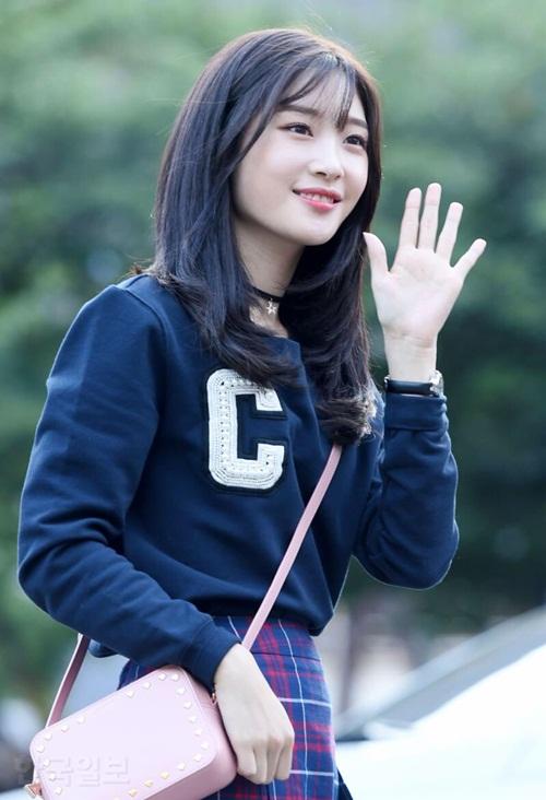 hyun-ah-do-sac-cung-dan-my-nhan-cua-produce-101-2-1