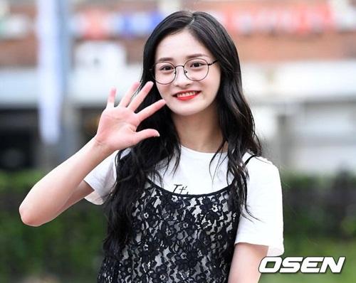 hyun-ah-do-sac-cung-dan-my-nhan-cua-produce-101-7