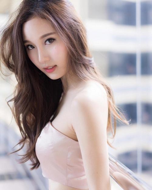 co-gai-dep-nhu-bong-tuyet-giua-thien-duong-chuyen-gioi-thai-lan-2