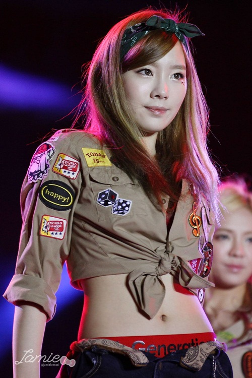 nhung-lan-tae-yeon-khoe-eo-thon-co-bung-so-11-dang-ghen-ty-2-2