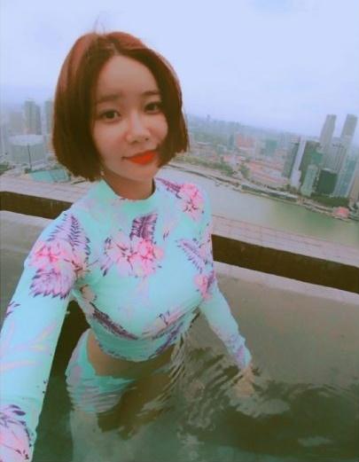 sao-han-7-9-seo-hyun-mac-vay-cuoi-long-lay-sulli-tet-toc-nhu-thieu-nu-2-7
