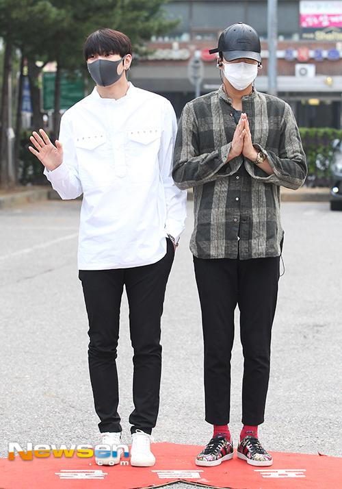 hyun-ah-dang-yeu-nhu-nu-sinh-sun-mi-khoe-chan-dai-mien-man-8