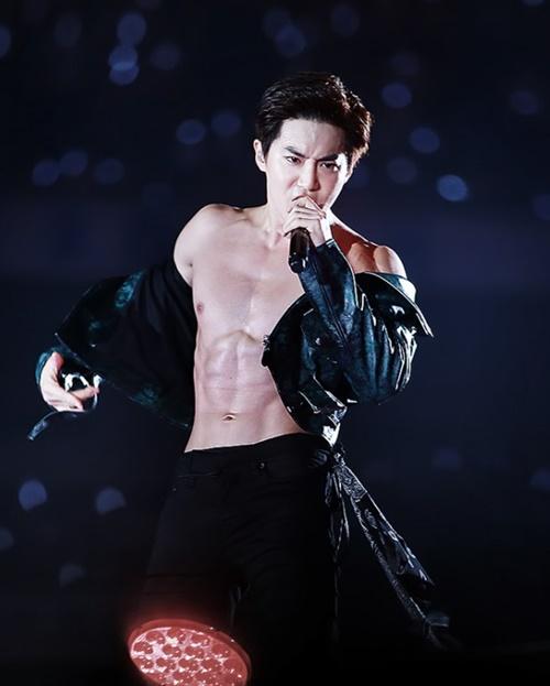 nhung-lan-exo-khoe-bung-6-mui-khien-fan-nu-dau-tim-6