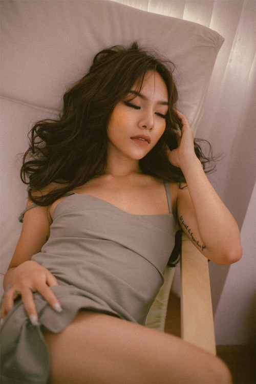 vu-thao-my-day-thi-thanh-cong-voi-loat-anh-sexy-kho-nhan-ra-o-tuoi-20-9