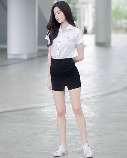 ngam-dong-phuc-nu-sinh-goi-cam-nhat-the-gioi-11