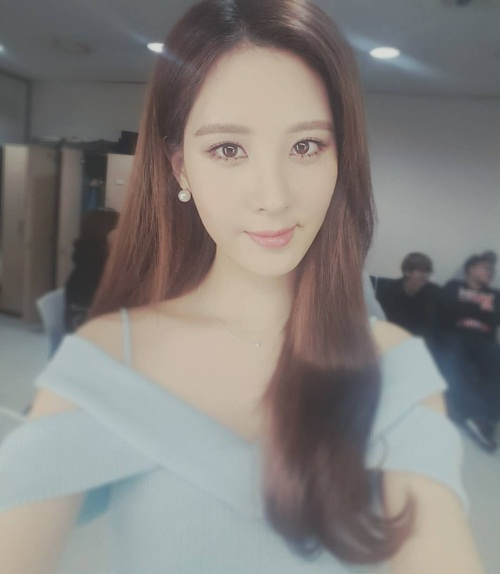 snsd-seohyun-1-5381-1506419496.jpg