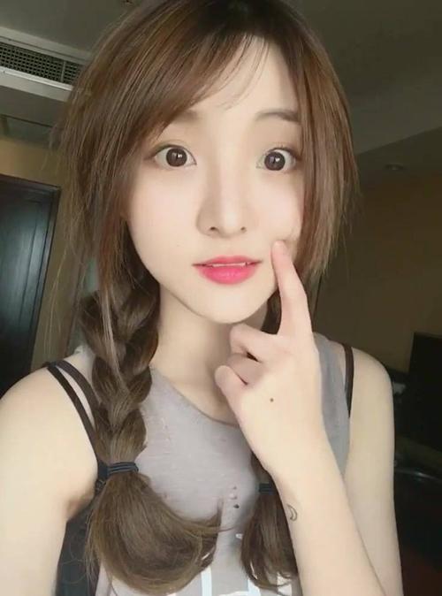 nhan-sac-hot-girl-thai-lan-duoc-ly-hai-bo-tien-moi-bang-duoc-de-dong-phim-6