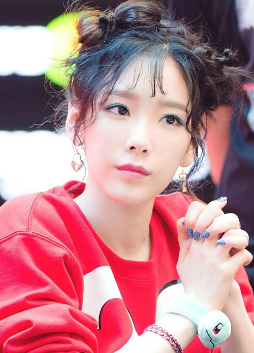 bi-anti-fan-cong-kich-sao-nu-kpop-ke-dung-dung-nguoi-du-doi-6
