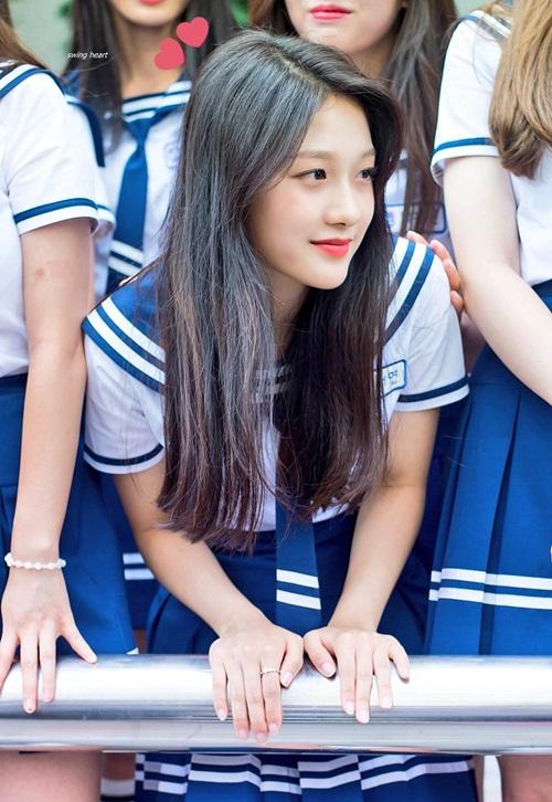 9-idol-nu-duoc-debut-thong-qua-cuoc-thi-chi-nhin-mat-khong-xet-tai-nang-2-3