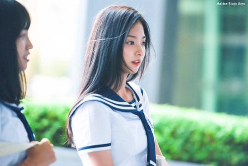 9-idol-nu-duoc-debut-thong-qua-cuoc-thi-chi-nhin-mat-khong-xet-tai-nang-8