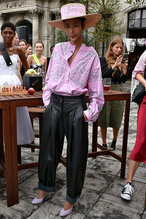 len-bao-ngoai-toi-tap-vi-mac-dep-mau-viet-dau-kem-fashionista-the-gioi-5