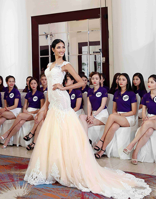 Hoang-Thuy-trinh-dien-01-4707-1507191855