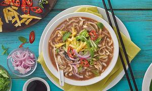Gỏi cuốn và phở Việt Nam lọt vào Top 50 món ăn ngon nhất thế giới