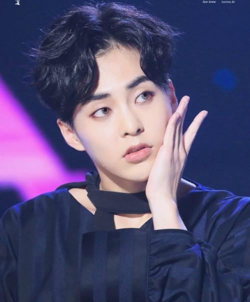 idol-han-xa-stress-suzy-la-het-tae-yeon-nhuom-toc-xo-khuyen-1