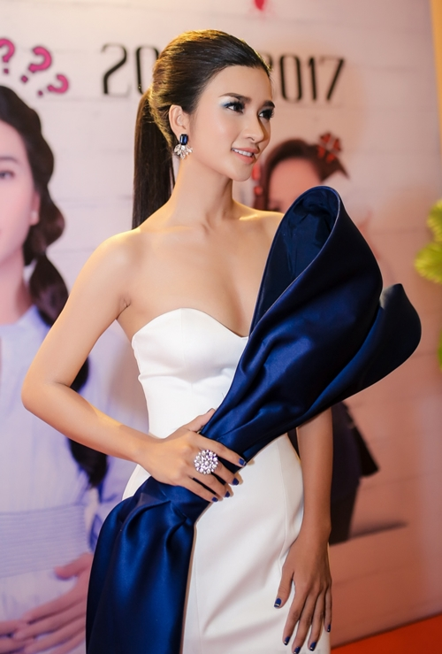Kim-Tuyen-3087-7013-1508385266.jpg