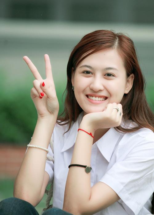 sau-8-nam-nhan-sac-hot-girl-ha-lade-ngay-cang-khac-la-3