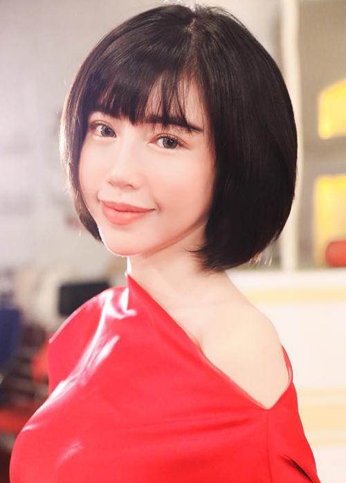 thuy-vi-lan-dau-xuong-keo-theo-mot-toc-dang-hot-nhat-vbiz-5