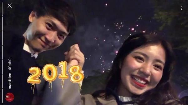 Hot girl Việt ôm ấp, khóa môi bạn trai trong ngày đầu năm 2018 - 2