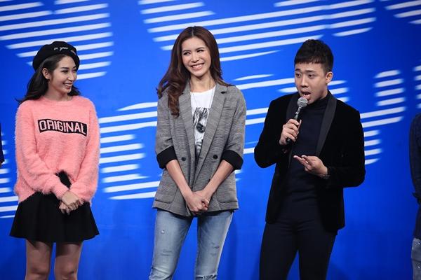Minh Tú ôm ấp Trường Giang tại sân khấu Ơn giời