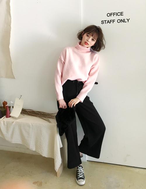 101 công thức phối áo len cổ lọ thách thức trời rét buốt - 2