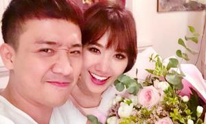 Trấn Thành - Hari Won ngọt ngào kỷ niệm 2 năm yêu nhau