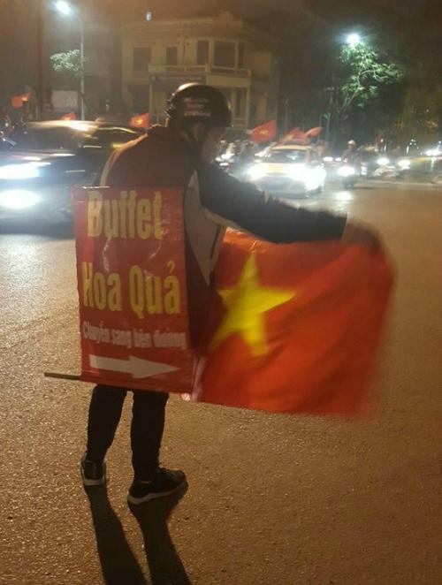 Những hình ảnh đẹp khó quên của CĐV Việt Nam trong trận đấu U23 Việt Nam - Iraq - 5