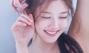 Kim Yoo Jung tuổi 20: Nhan sắc nữ thần, khí chất giống Hyun Ah