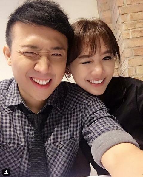 Trấn Thành - Hari Won chăm chỉ selfie chứng minh tướng phu thê là có thật - 2