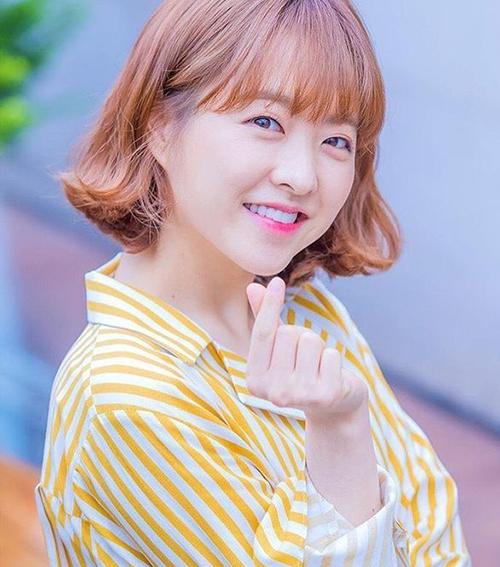 10 gợi ý cắt tóc ngắn cực xinh đón Tết giống các idol Hàn - 8