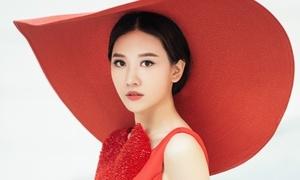 Chán hình tượng dễ thương, Hari Won hóa quý cô Tây Âu lạ lẫm