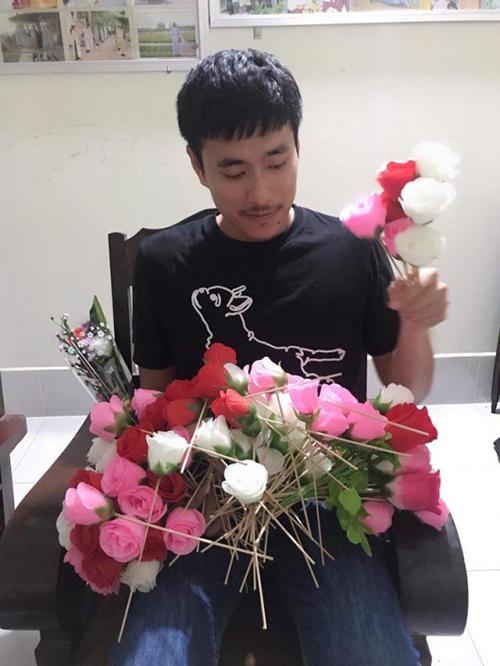 Sao Việt khoe quà, hạnh phúc bên người yêu dịp Valentine - 4
