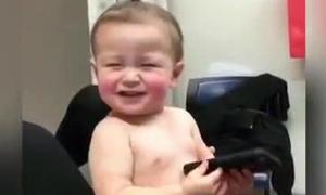 Những khoảnh khắc hài hước có 1-0-2 của bé