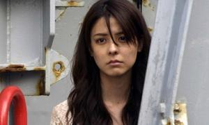 'Thiên thần' Nhật Bản đóng cảnh nhạy cảm khiến khán giả bỏ về